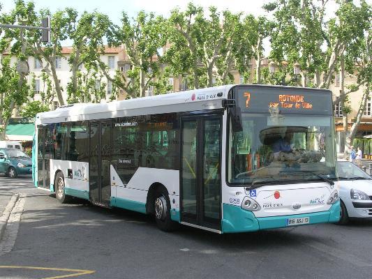 La diabline aix en provence buses photos - Aix en provence salon bus ...